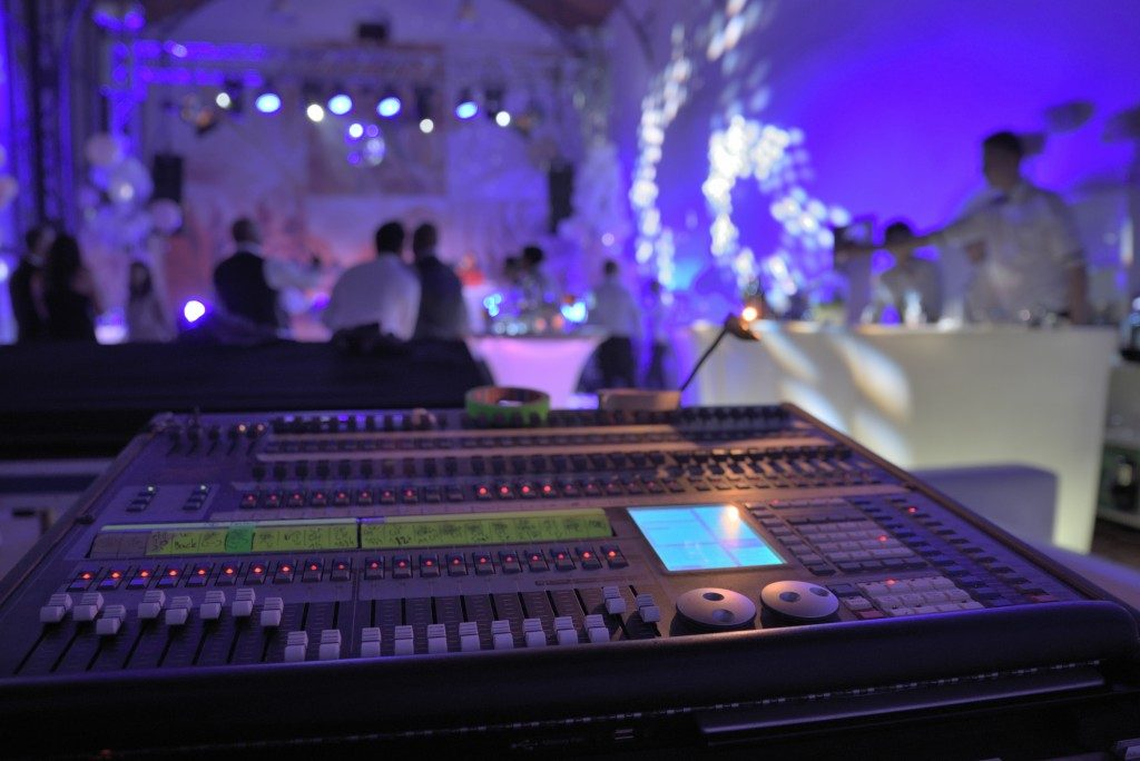 Sound mixer in an event